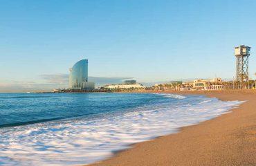 Spiaggia di Barcellona di giorno